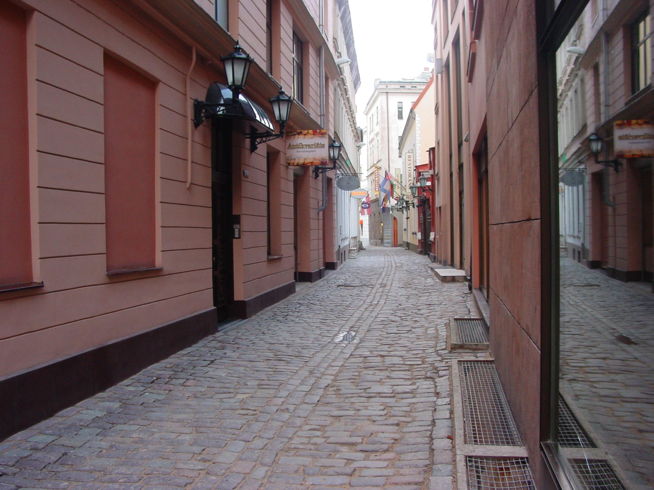 Rīga, Gleznotāju iela 5
